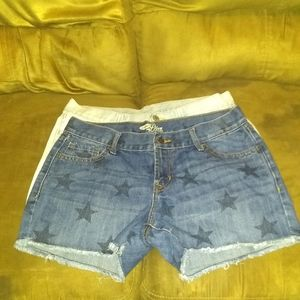 Bundle of 2 old Navy shorts